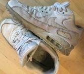 Foto zu Blogeintrag Abgetragene Schuhe für Schnüffler ;)