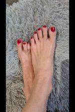 Herrin Gipsy_feet_girl